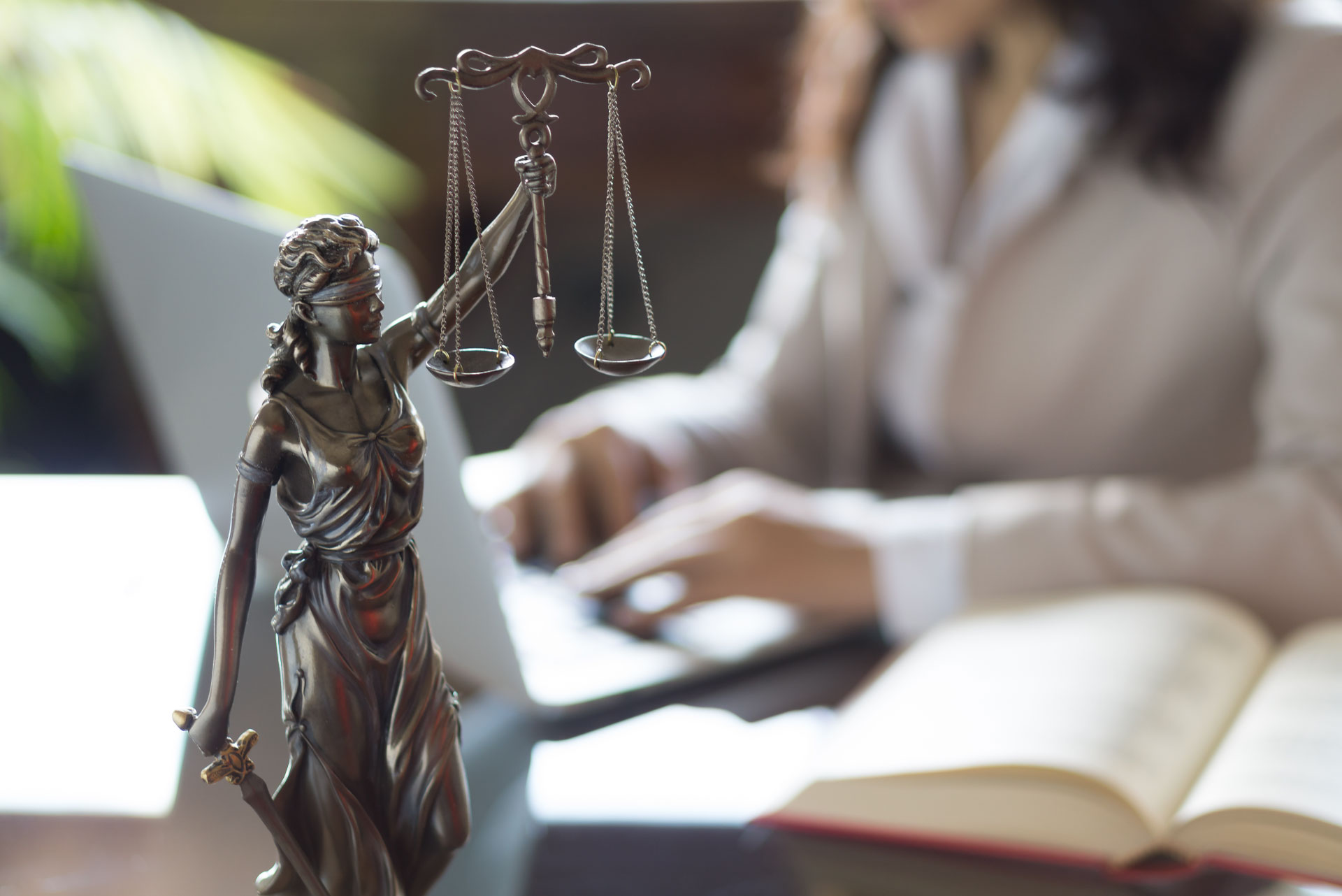 Image of a gavel and scales